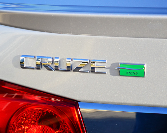 2012 Chevrolet Cruze Eco Review & Test Drive