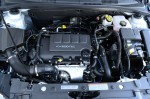 2012-chevrolet-cruze-eco-engine