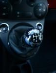 2012-fiat-500-sport-gear-shifter
