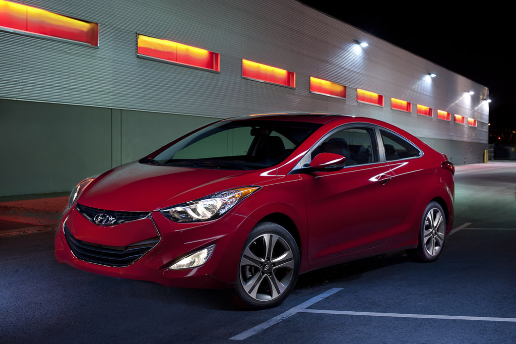 2013 Hyundai Elantra Coupe Introduced at Chicago Auto Show