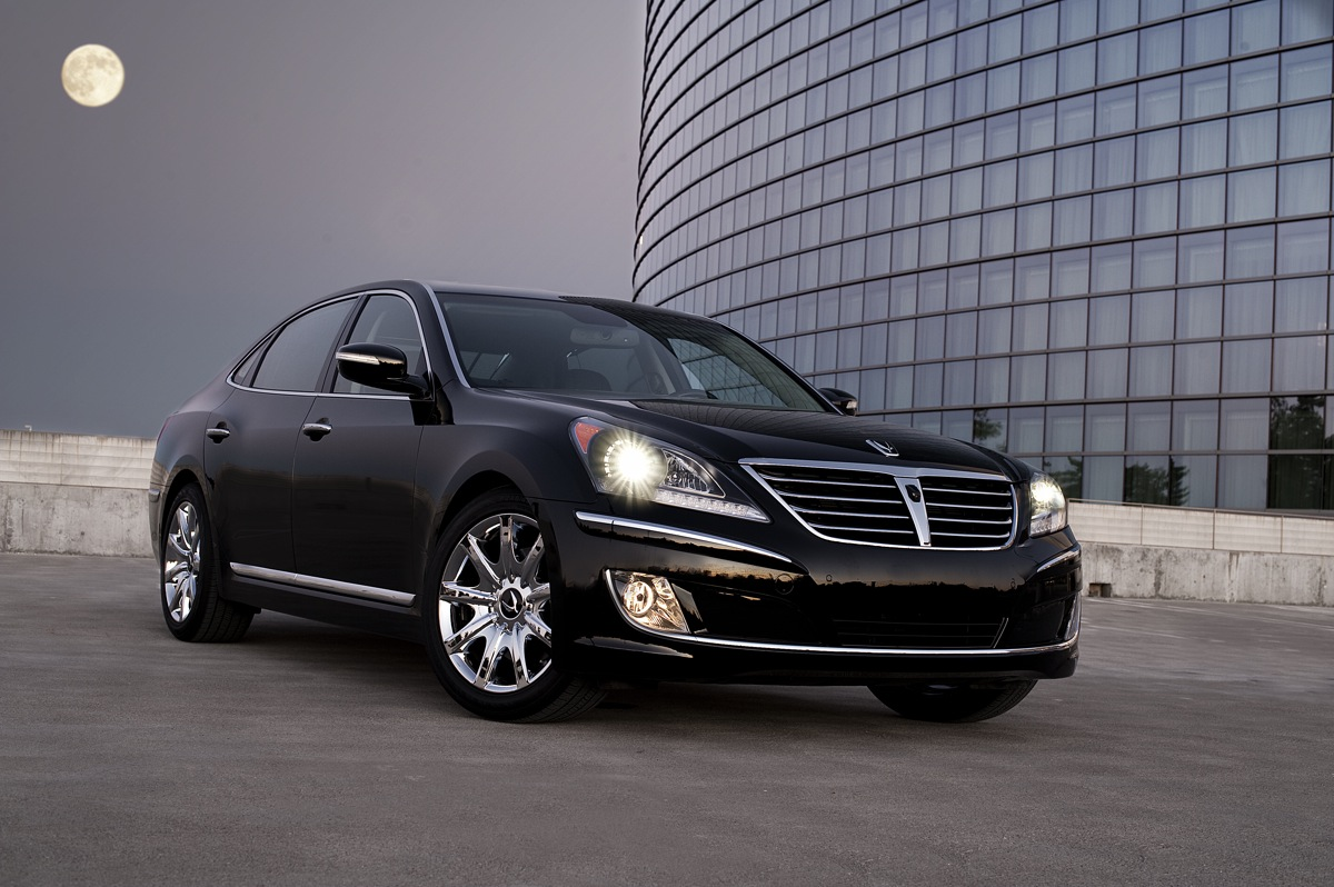The 2012 Hyundai Azera And Equus Bookends Of Luxury