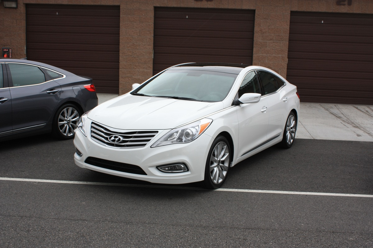 The 2012 Hyundai Azera And Equus: Bookends Of Luxury