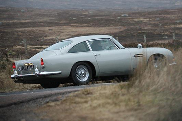 Iconic James Bond Aston Martin DB5 Making Big-Screen Return for 007 'Skyfall' Movie