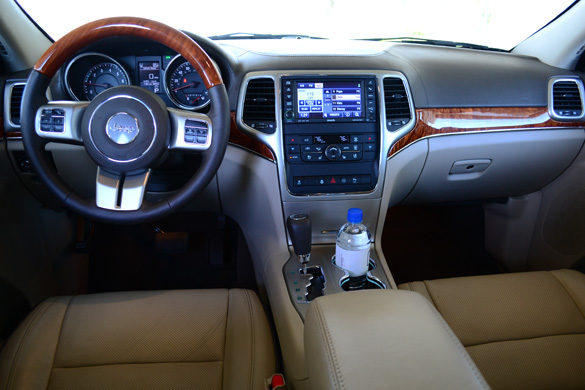 2012 jeep grand cherokee limited car interior design. Black Bedroom Furniture Sets. Home Design Ideas