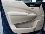 2012-nissan-quest-le-door-trim