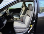 2012-toyota-camry-le-front-seats