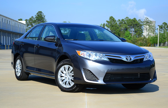 2012 Toyota Camry LE Review & Test Drive