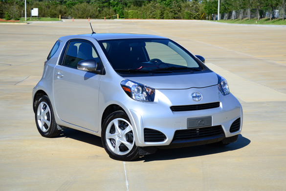 2012 Scion iQ Review – High iQ In a Small Package