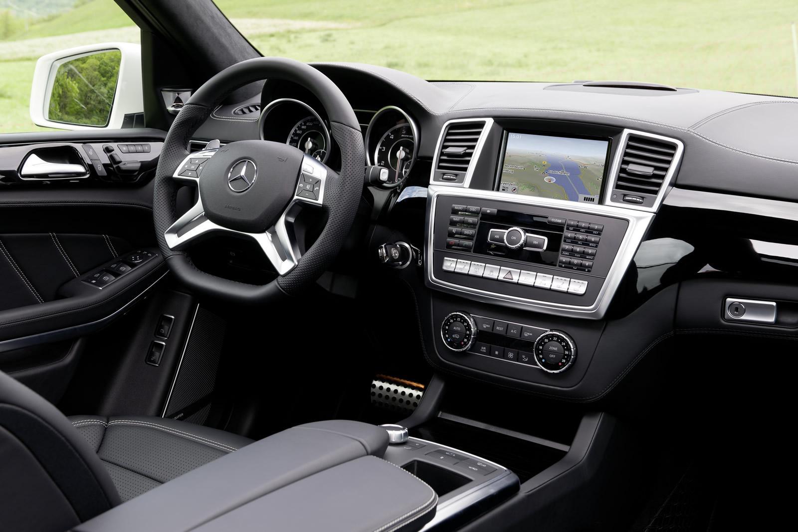 100 Hot Cars 187 Mercedes Benz