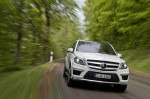 2013-mercedes-benz-gl63-amg-front-2