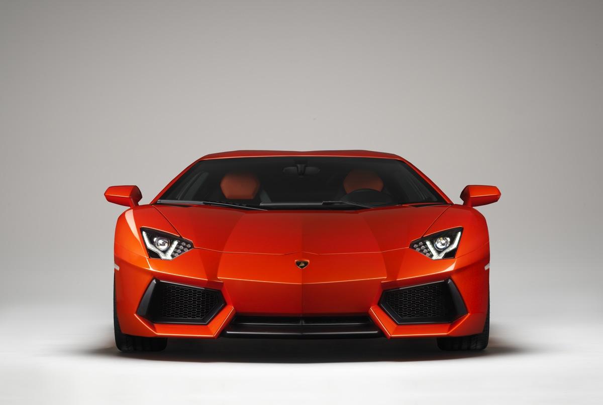 Lamborghini Aventador Roadster To Wear Targa Roof: Report