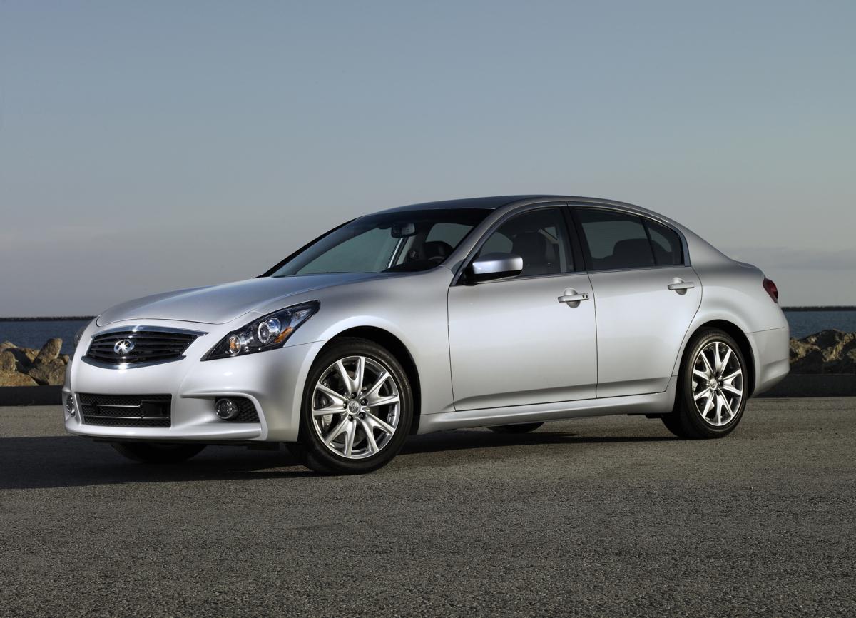 Infiniti Drops The G25 Sedan For 2013