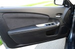 2012-chrysler-200-s-convertible-door-trim