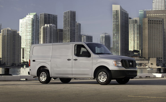 2012 Nissan NV2500 HD SV Review – Modernizing the Commercial Transportation Segment