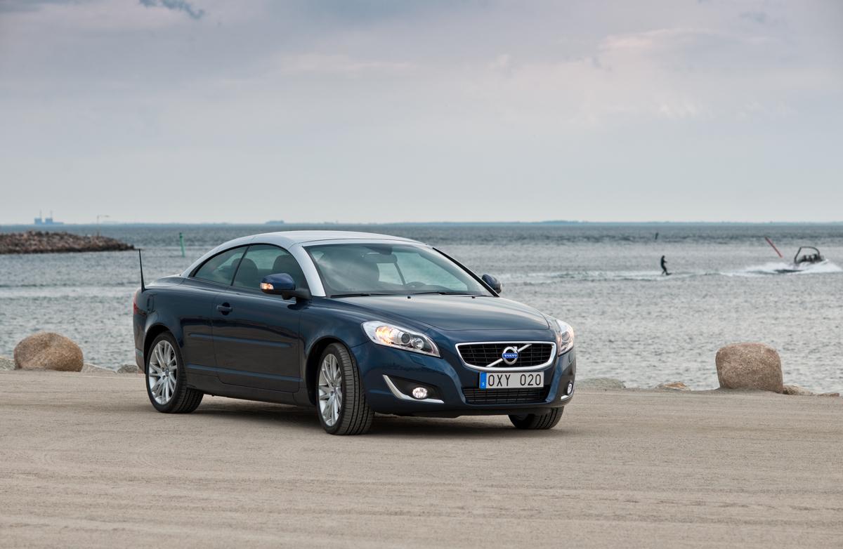 Volvo Ponders New Luxury Sport Coupe