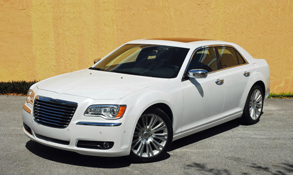 2012 Chrysler 300C Touring Review & Test Drive