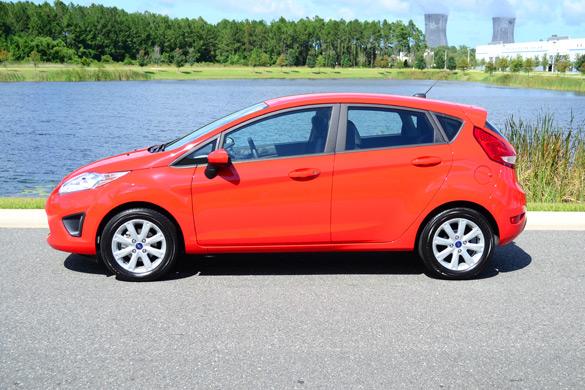 Ford Fiesta Gas Mileage >> Vehicle Cars Bike News 2012 Ford Fiesta Se Five Doorway