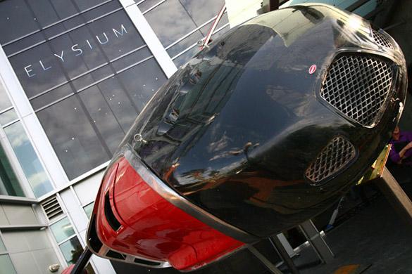 2010 - [Bugatti] Veyron SuperSport - Page 4 Elysium-flying-bugatti