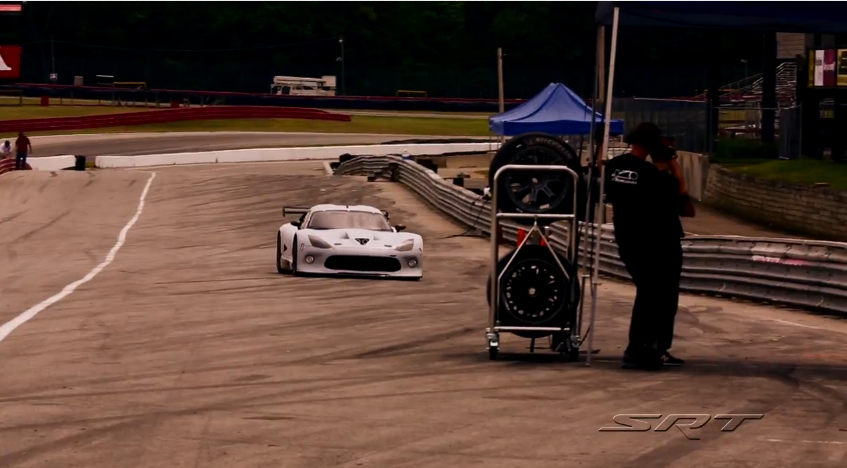 The SRT Viper GTS-R Returns To ALMS Competition: Video