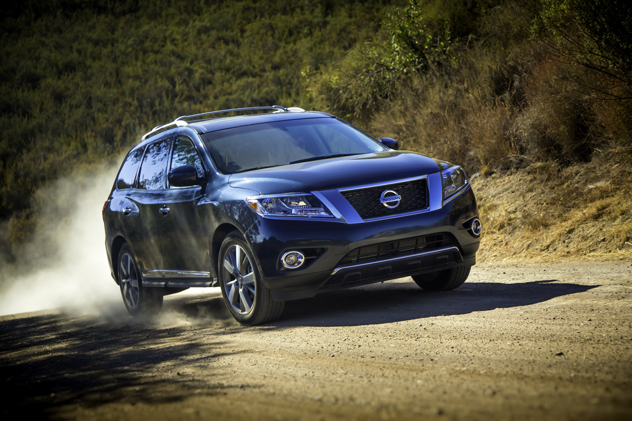 2013 Nissan Pathfinder Official Specs Images Released
