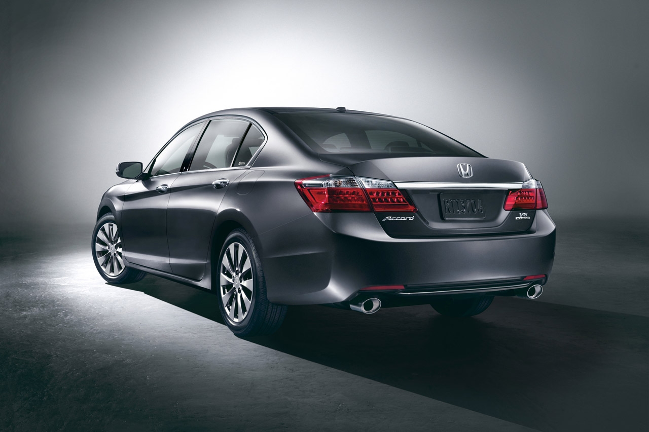 First official images of 2013 honda accord released for Honda accord used 2013