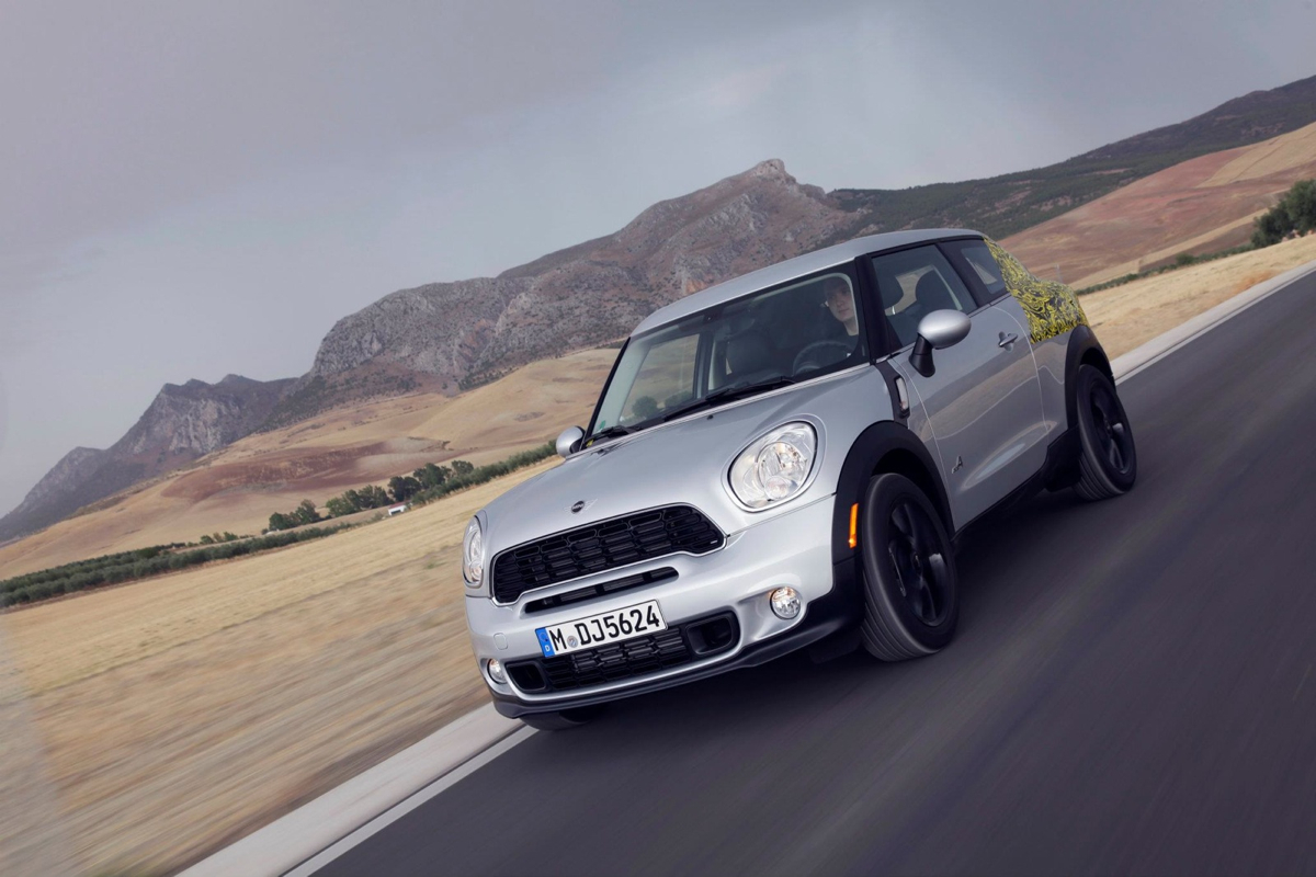 MINI Shows Us The Paceman Crossover Coupe