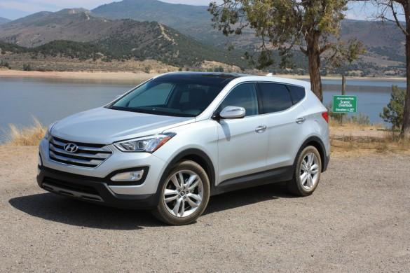 2013 hyundai santa fe sport first drive for Hyundai santa fe sport vs honda crv