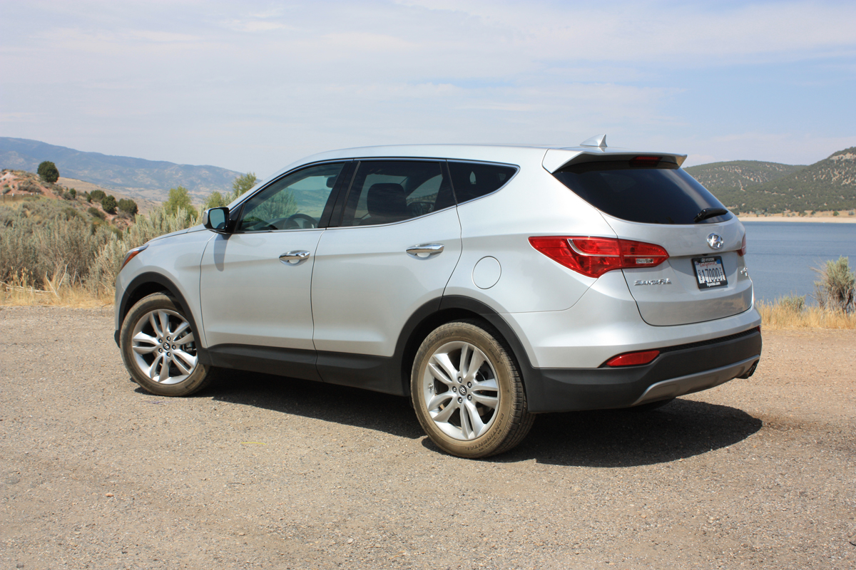 2013 hyundai santa fe sport first drive. Black Bedroom Furniture Sets. Home Design Ideas