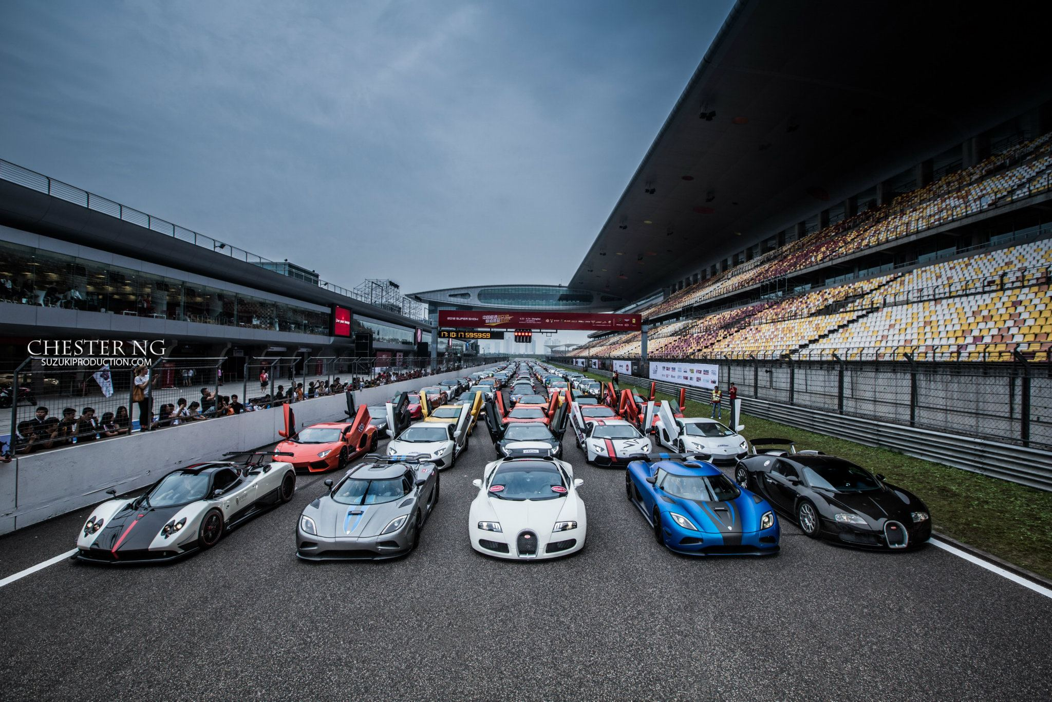 World's Most Exotic Supercars Take to the Track at Once: Video