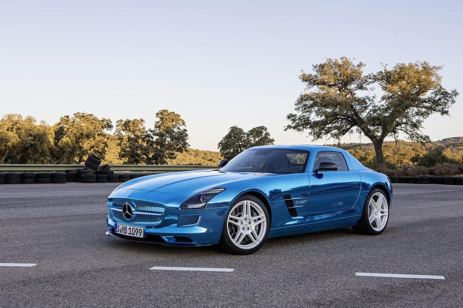 Mercedes Benz Sls Electric Drive Electrifies At 2012 Paris