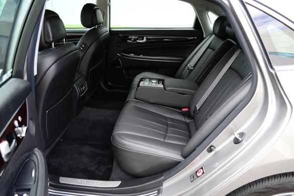 2012 Hyundai Equus Signature Review Amp Test Drive