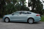 2013 Ford Fusion SE Hybrid Beauty Side Done Small