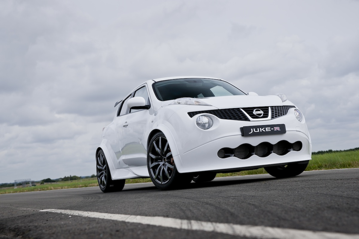 Nissan Delivers First Customer Juke-R