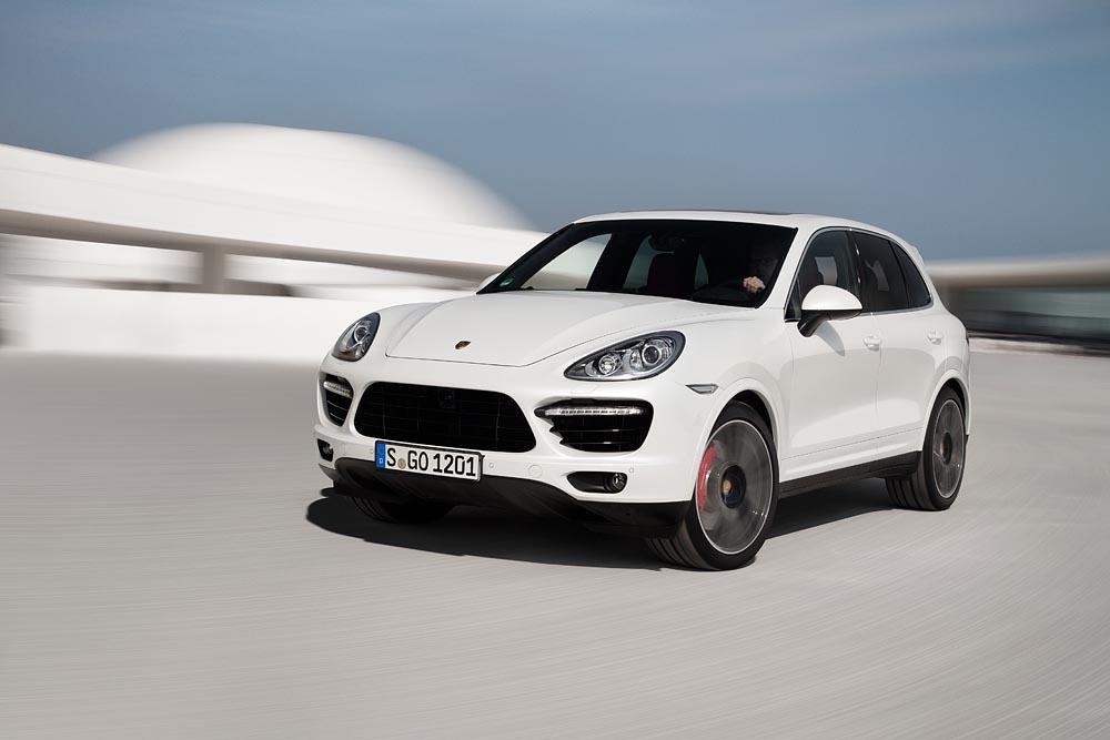 Porsche Announces A New Cayenne Turbo S: Video