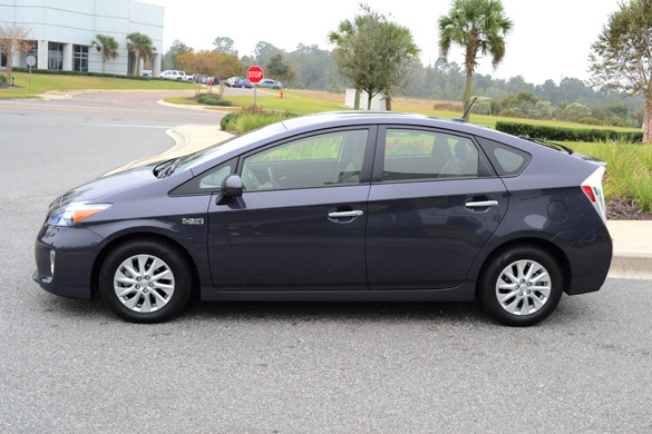 how to drive a prius to get better gas mileage