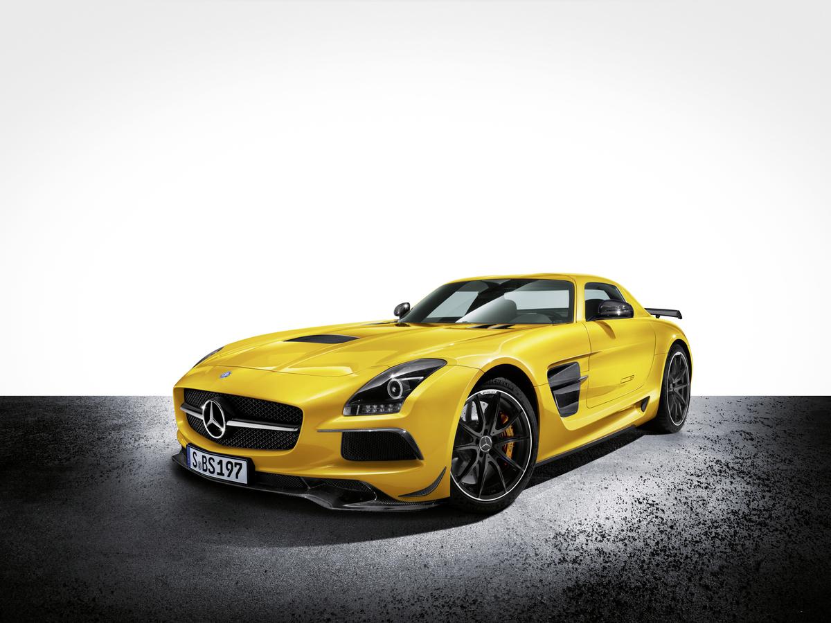 Mercedes-Benz Announces The SLS AMG Black Series