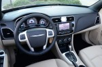 2013-chrysler-200-convertible-dashboard