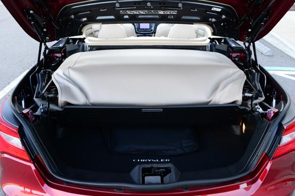 Chrysler Convertible Top Down Trunk on Chrysler 200 Convertible Trunk