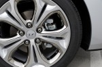 2013-hyundai-elantra-gt-wheel-tire