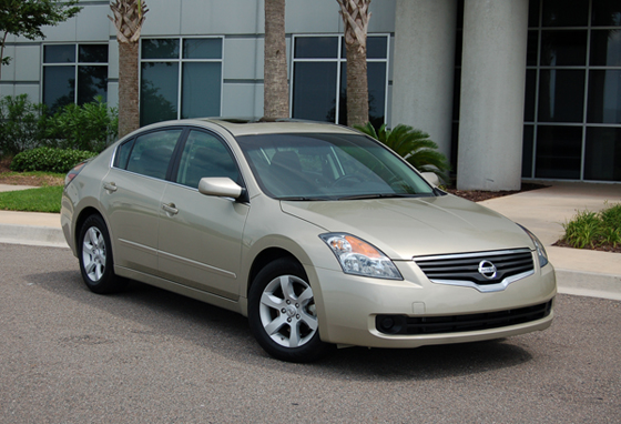 2009 Nissan Altima – Great ratings, great car