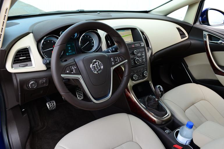 2013-buick-verano-turbo--dashboard