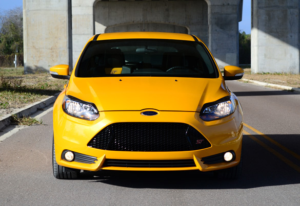 2013 ford focus st review test drive. Black Bedroom Furniture Sets. Home Design Ideas
