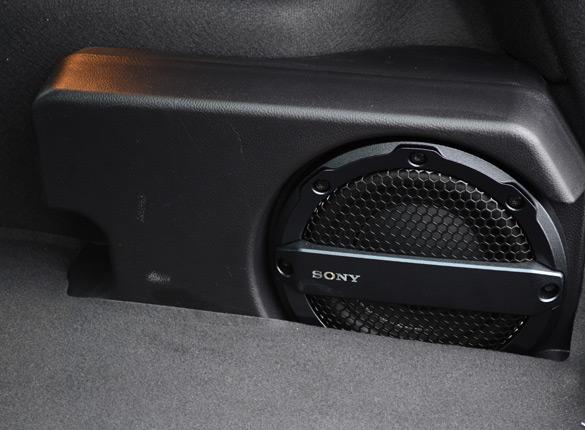 2002 ford explorer factory speaker size. Black Bedroom Furniture Sets. Home Design Ideas