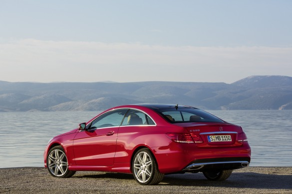 Mercedes benz shows the 2014 e class coupe and cabriolet for 2014 mercedes benz e class coupe