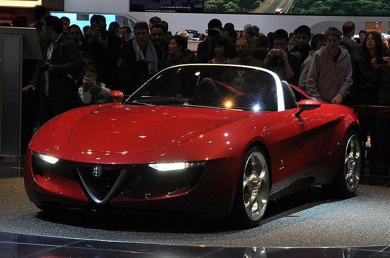 Alfa Romeo 2uettottanta concept - image: Laszlo Daroczy
