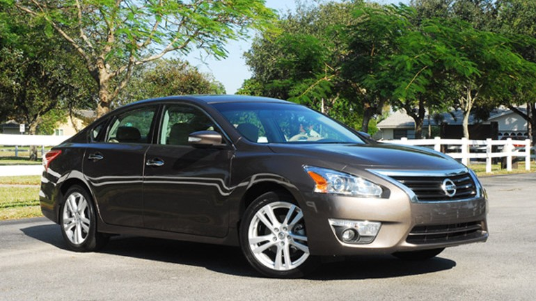 2013 Nissan Altima 3.5 SL Review & Test Drive