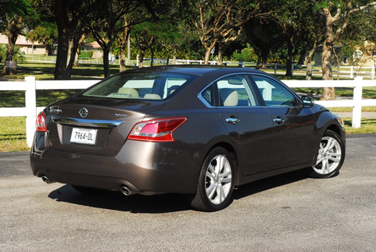 All New 2013 Nissan Altima SL 35 Beauty Rear Small
