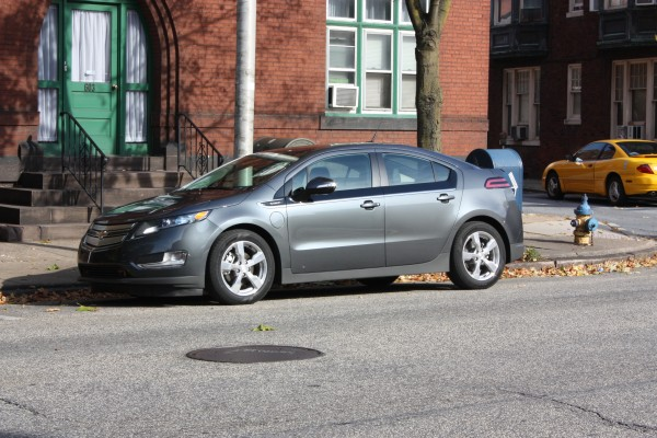 The 2011 Chevy Volt Is As Good As The Hype – Chevrolet Volt Full Test Drive