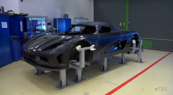 Inside Koenigsegg Talks About Carbon Fiber: Video