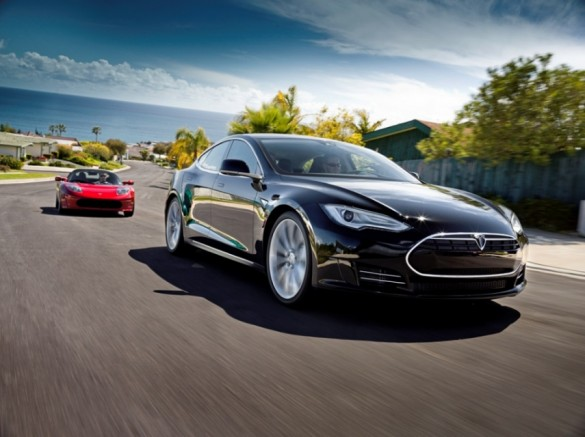 New Tesla Model S Premium Electric Sedan Images